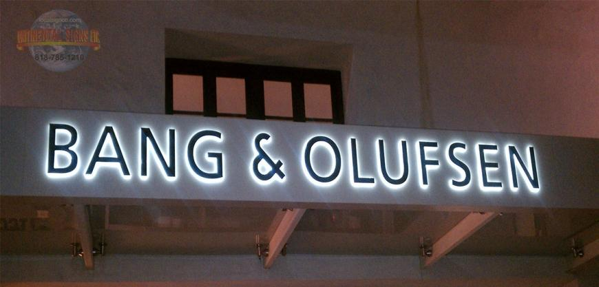 BANG & OLUFSEN WALL SIGN IN BEVERLY HILLS